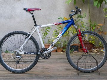 Scott Comp Racing - bike